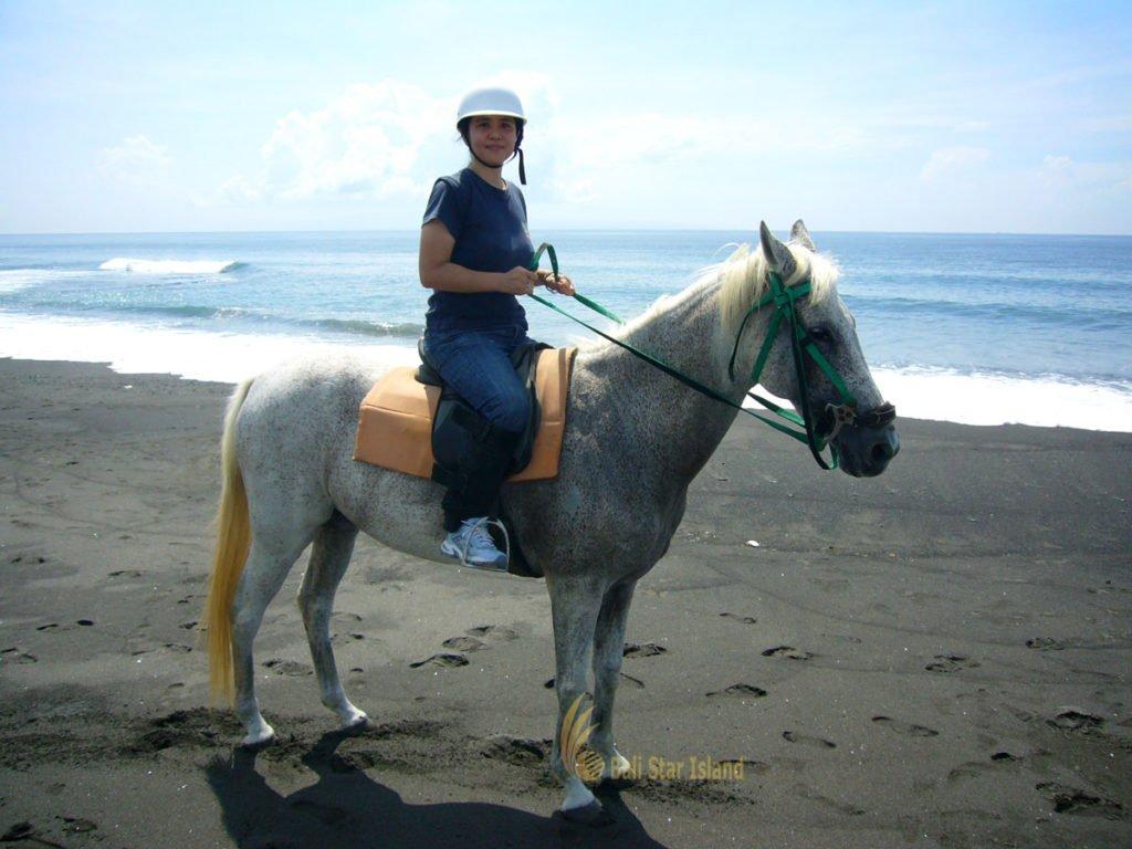 horse back riding, horse back riding adventures, bali horse riding