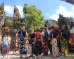 temple, entering temple, balinese, bali, etiquette, norms, balinese etiquette, bali etiquette, balinese norms