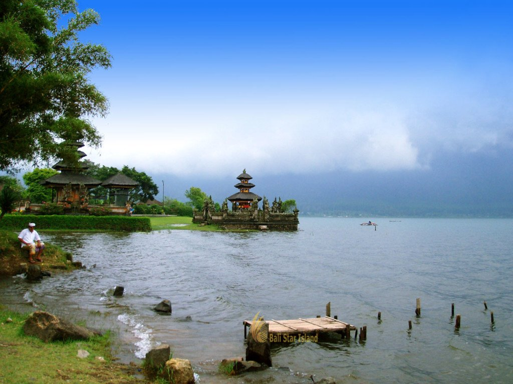 beratan, bedugul, bali, lake, beratan lake, bedugul lake, bedugul bali, places, places of interest, bali places of interest, ulun danu temple, view