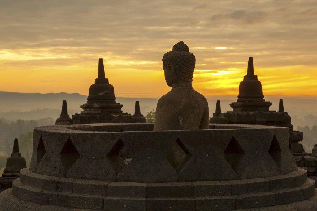 borobudur temple, yogyakarta, tours