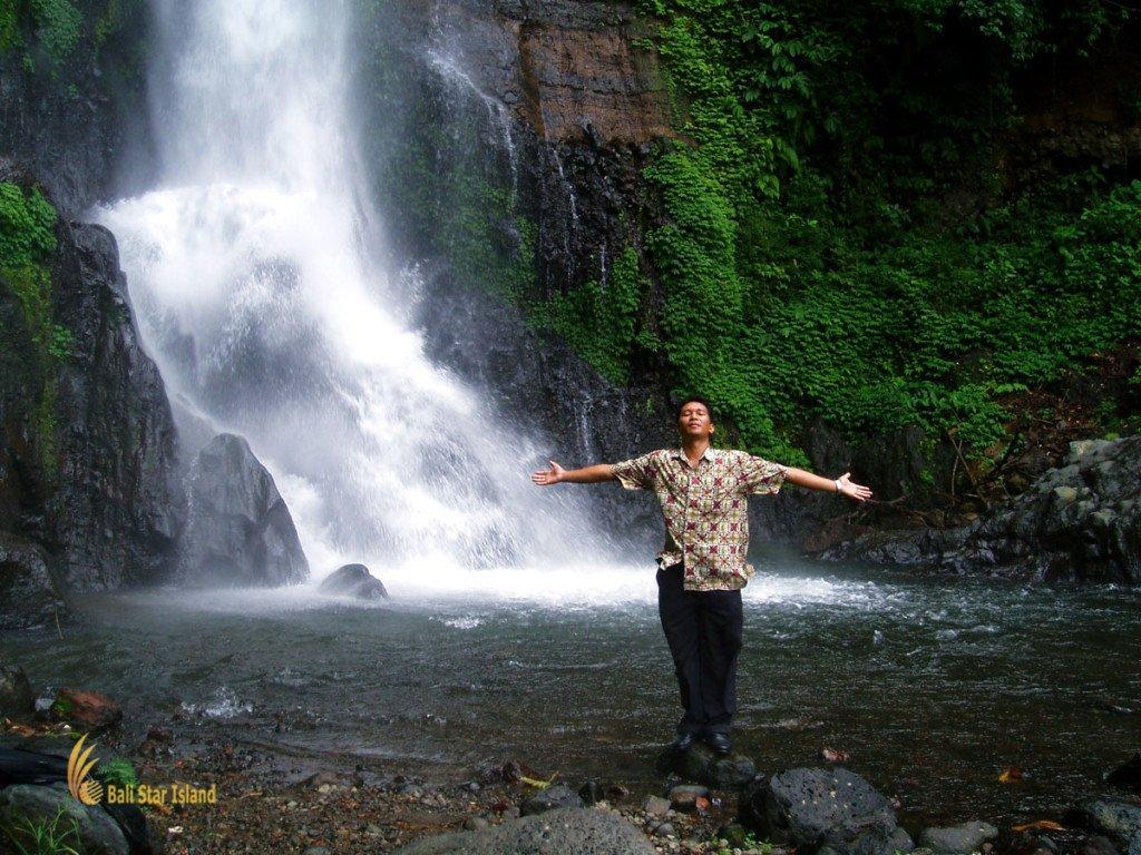 gitgit, singaraja, bali, waterfalls, gitgit waterfall, singaraja bali, places, places of interest, bali places of interest, peaceful, ambiance