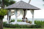 beach massage, beach massage holiday inn, holiday inn baruna, holiday inn baruna resort, holiday inn baruna resort bali