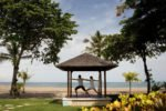 beach yogya, yoga holiday inn baruna, yoga beach holiday inn baruna resort, holiday inn baruna, holiday inn baruna resort, holiday inn baruna resort bali