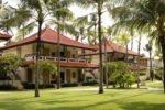tropical garden, garden holiday inn, garden holiday inn baruna resort, holiday inn baruna, holiday inn baruna resort, holiday inn baruna resort bali