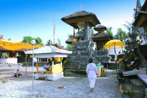 main temple, perancak temple, bali, west bali, jembrana, estuary river, temple on estuary river, places, places of interest