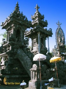 ponjok batu, singaraja, bali, north bali, stone temple, bali stone temple, singaraja, places, places of interest