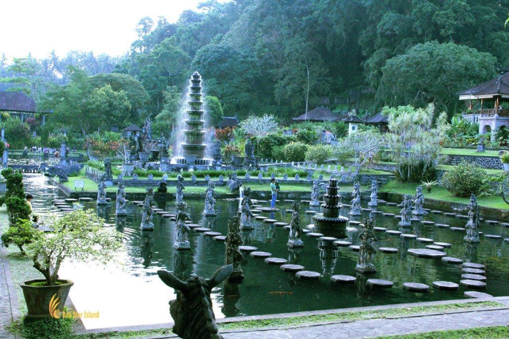 Lempuyang temple tour tirta gangga