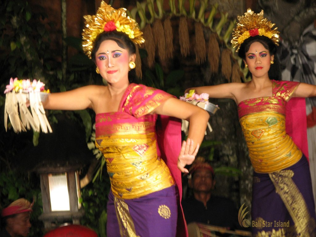 legong dance, ubud, bali, village, ubud village, places, stay, places to stay, sacred dance