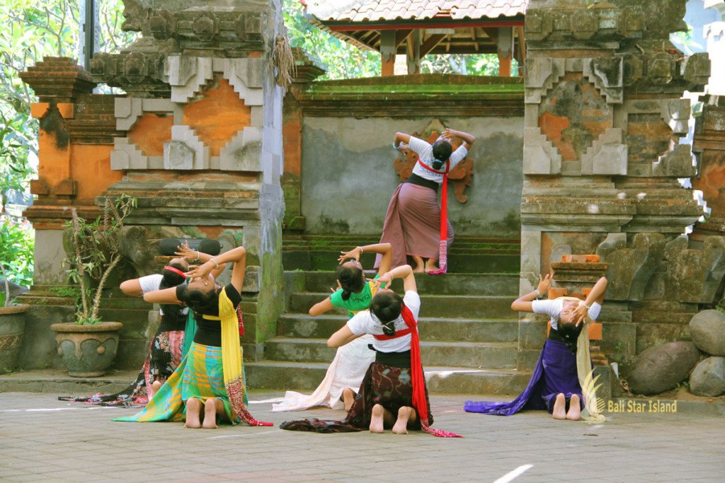 balinese, dance, lessons, bali, art, center, denpasar, places, interest, places of interest, bali places of interest