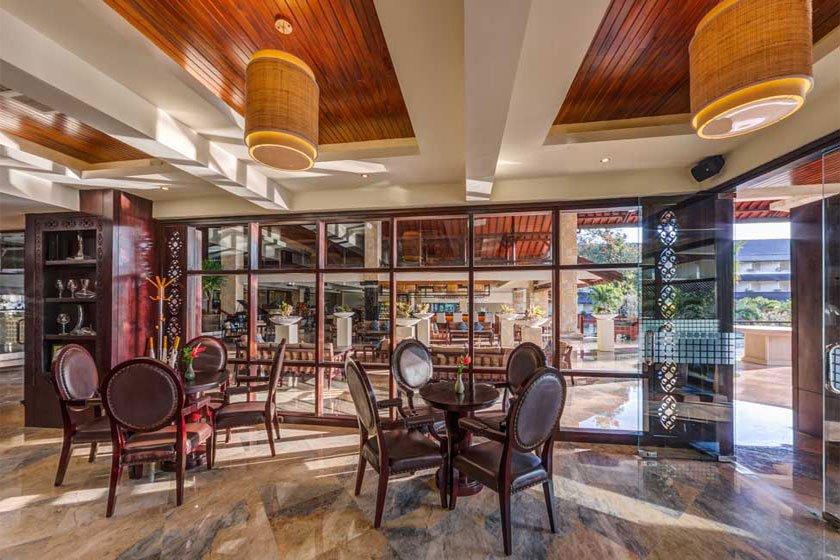 sunset lounge, sunset lounge discovery kartika plaza, discovery kartika plaza, kartika plaza