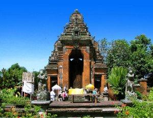 kerta gosa, klungkung, bali, klungkung bali, royal, court, bali royal court, places, places of interest, entrance, gateway