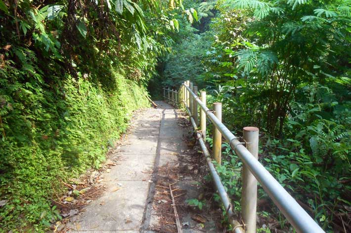 pathway access nungnung, nungnung, nungnung waterfall