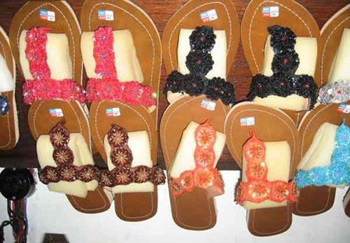 Bali Merchandises, sandal bali, bali souvenirs, souvenirs, merchandises