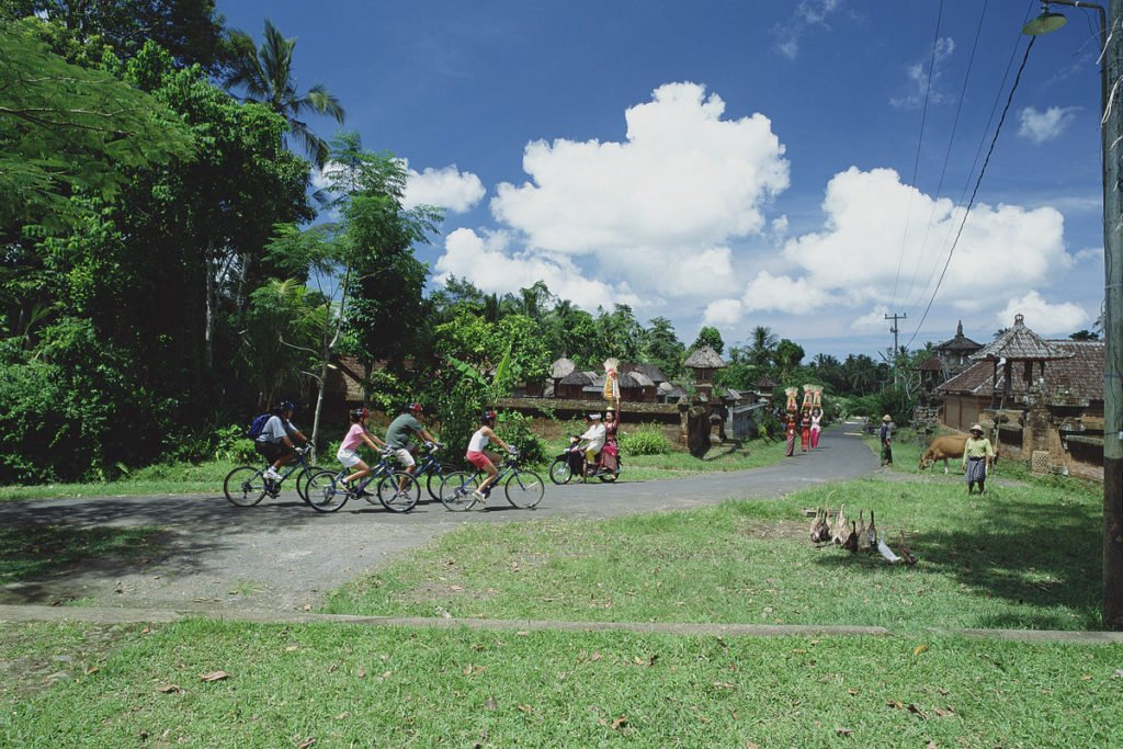 sobek, bali, adventure, cycling, batur trails, kintamani trails, jatiluwih trails, sobek bali, sobek cycling, cycling adventures, sobek cycling adventure, village cycling, balinese village cycling