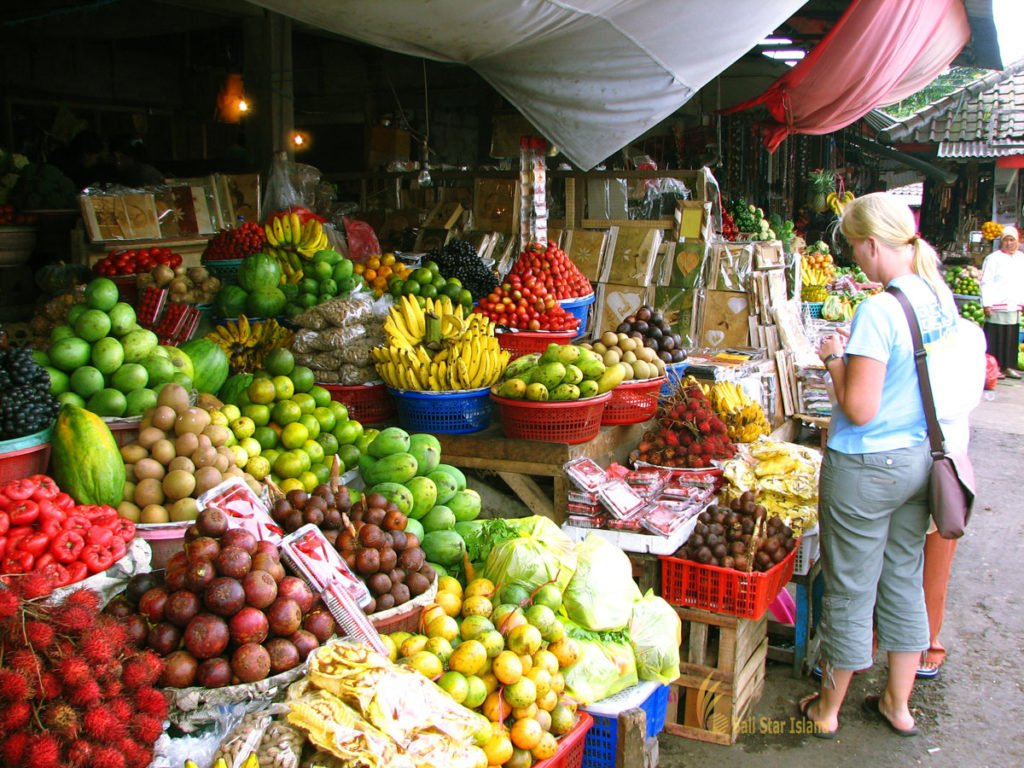 Candikuning, bali, bedugul, tours, markets, fruits, vegetables, candikuning market, fruits and vegetables, places to visit, bali fruits and vegetables market