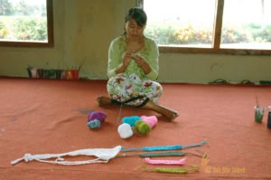 hand saw lesson, bali cultures, bali culture center, bali classic culture center