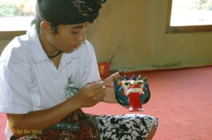 balinese mask, balinese mask painting lesson, bali cultures, bali culture center, bali classic culture center