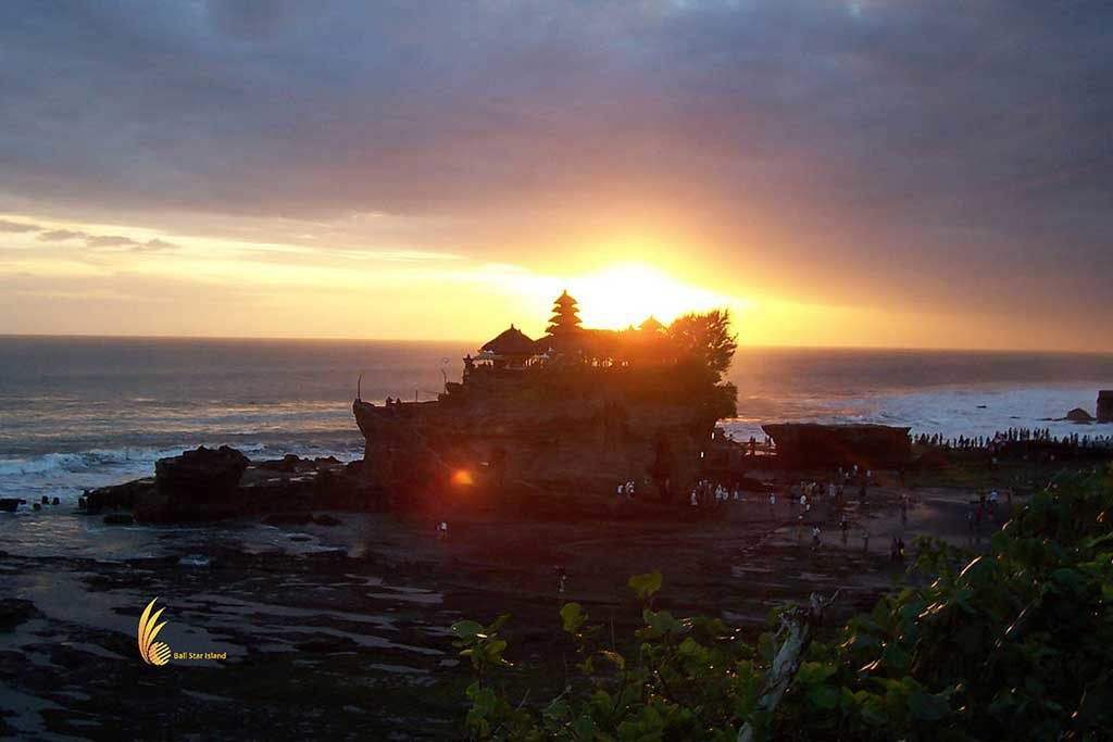 tanah lot, bali shore excursions
