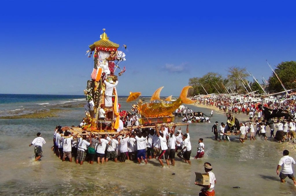 bali, balinese, cremation, tours, cremation tour, bali cremation tour, burn dead body