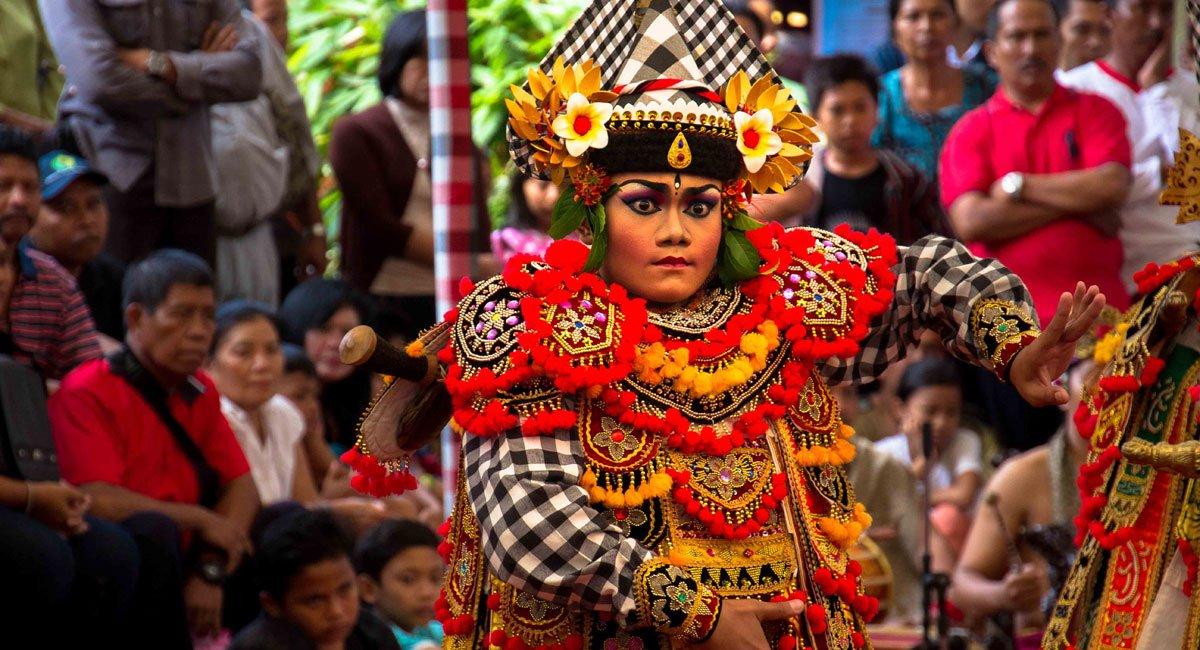 Bali Art Festival 2016