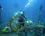 wreck diving tour