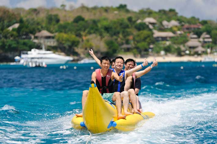banana boat, beach club, bali hai aristocat