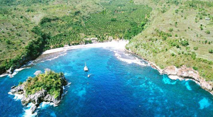 Bali Hai Castaway Cruise – Visit Nusa Penida Island