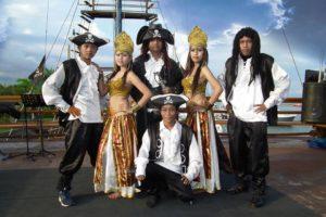 bali pirate, bali pirate cruise, bali pirate cruise sunset dinner
