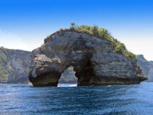 ceningan channel, bali fishing spots, three islands day cruises, ocean rafting, bali hai cruises