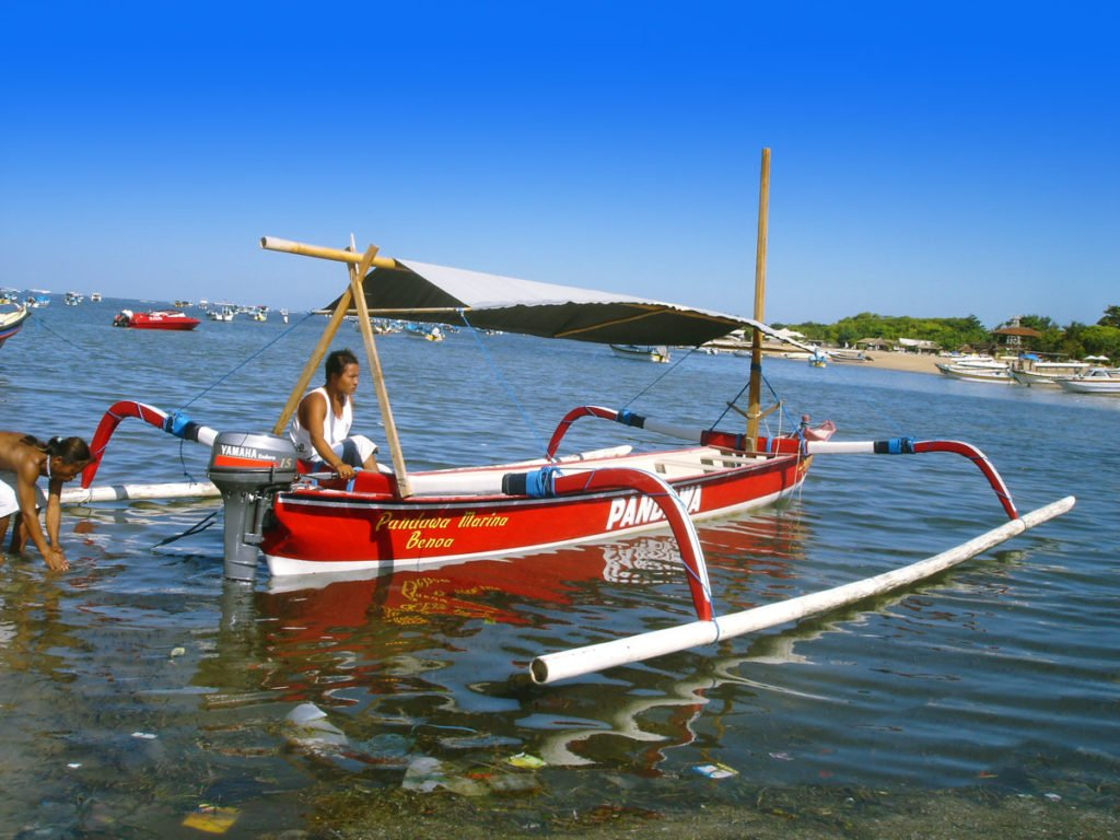 bali, boats, charter, jujung, traditional boat, bali boat charter
