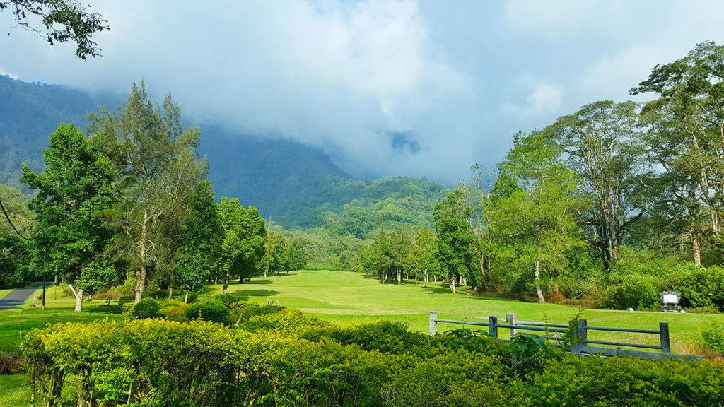 hhole 1, handara, bali, golf, resort, bedugul, golf courses, handara golf, handara golf resort, golf resort bali, bedugul golf, bedugul golf course