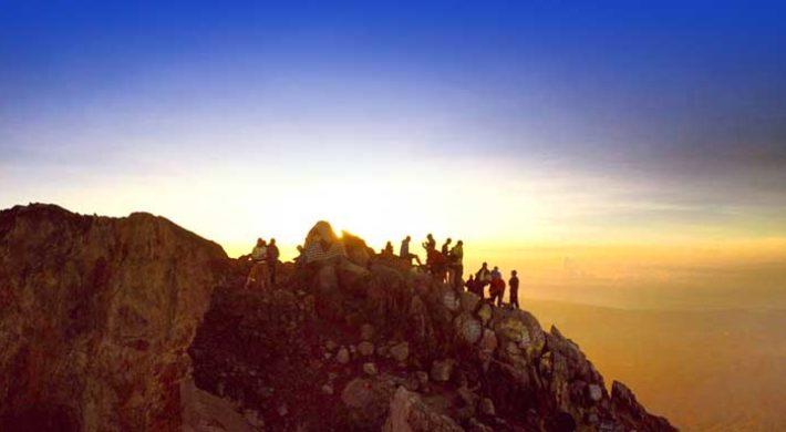 Mount Agung Sunrise Trekking – Karangasem Bali Mountain Hiking