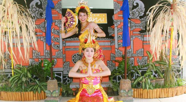 Balinese Costume Photo Tour