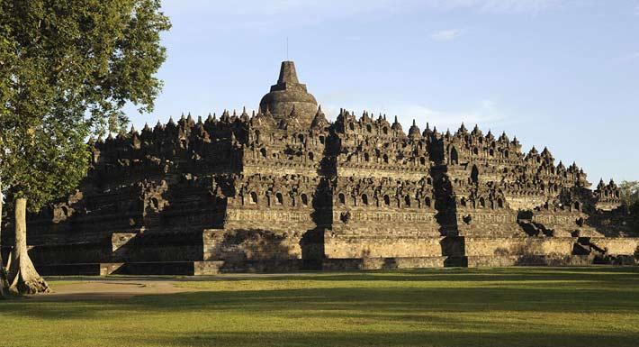 Borobudur Temple View, Yogyakarta Borobudur Temple