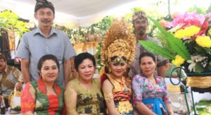 bali social lifestyle, balinese people photo, bali, balinese, people, balinese people, bali people
