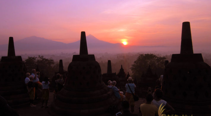 Bali Borobudur Sunrise Evening Flight (YOG-18)