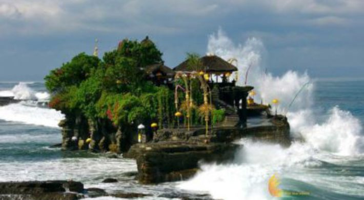 Tanah Lot Subak Tour