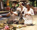 praying, balinese, bali, wedding, ceremony, balinese wedding, balinese wedding ceremony,