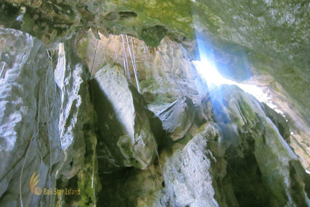 inside, batu cermin, batu cermin cave, labuan bajo, flores, komodo, komodo national park