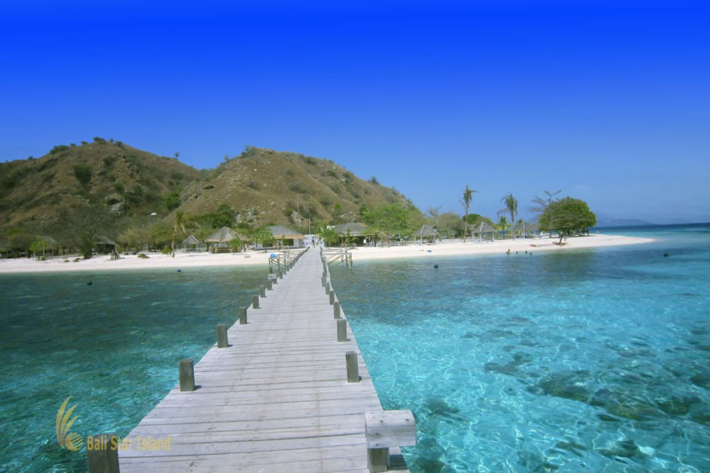 bridge, wooden bridge, Kanawa island, labuan bajo, komodo national park