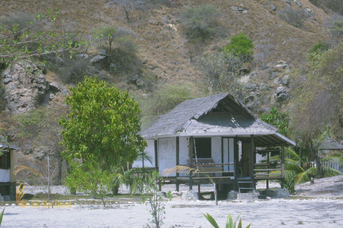 resort, guest room, resort room, Kanawa island, labuan bajo, komodo national park