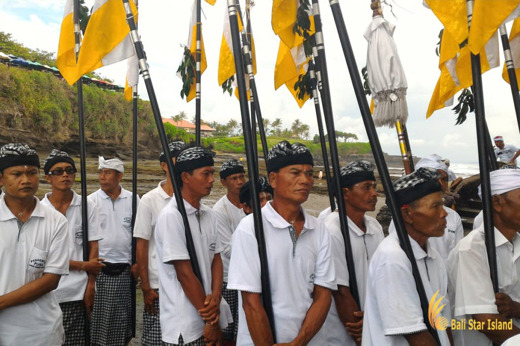spear, holy spears, bali, melasti ceremony, parade, hindu, bali melasti ceremony, parade