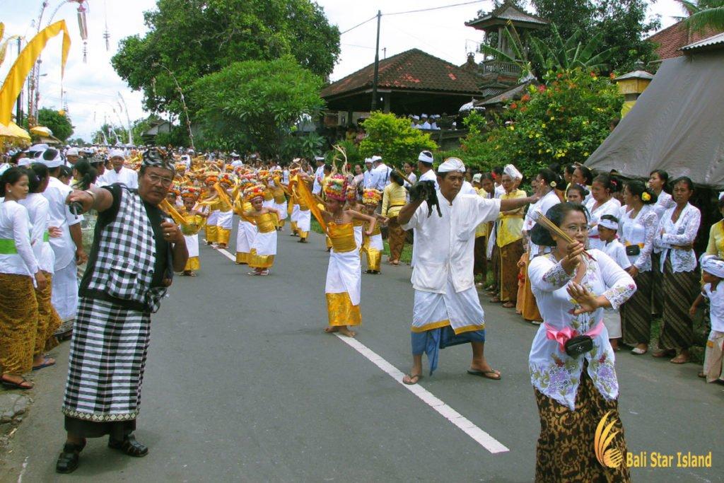 welcome dance, bali, melasti ceremony, parade, hindu, bali melasti ceremony, parade