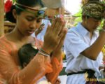family praying, balinese, bali, three months, ceremony, bali three month baby, balinese three month baby ceremony