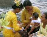 body washing, rituals, balinese, bali, three months, ceremony, bali three month baby, balinese three month baby ceremony