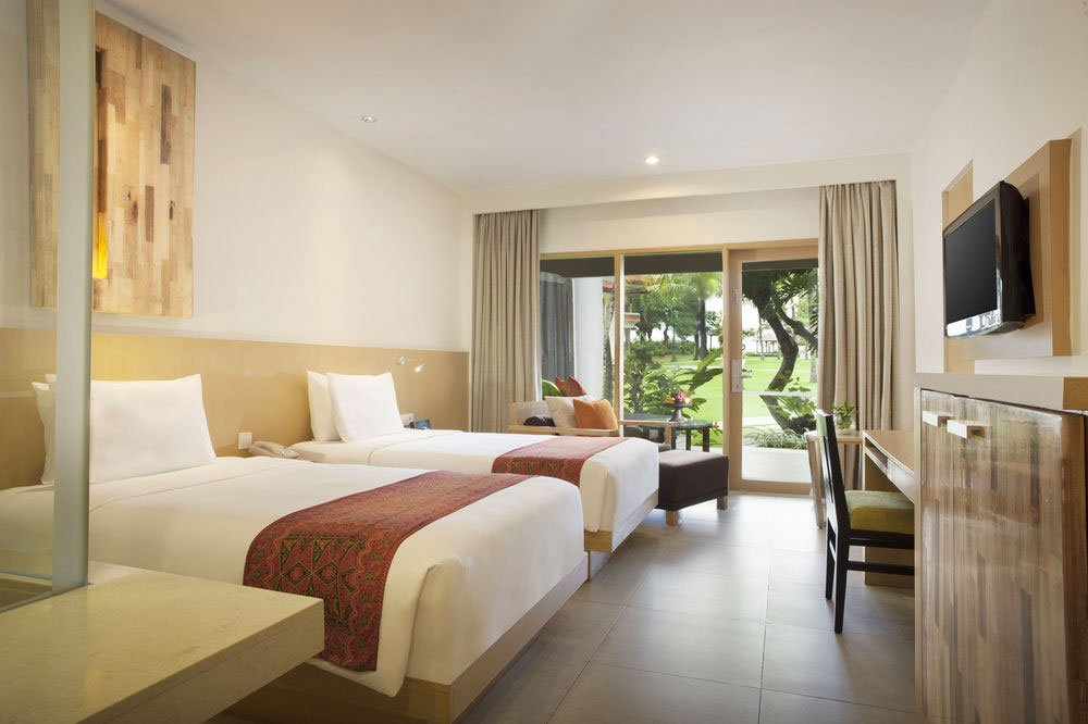 deluxe garden, deluxe garden access, holiday inn, holiday inn resort baruna, deluxe garden access holiday inn