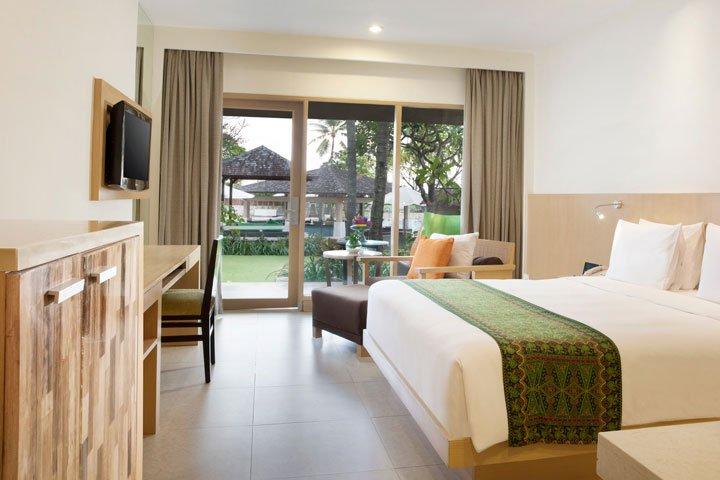 deluxe pool, deluxe pool garden, holiday inn baruna