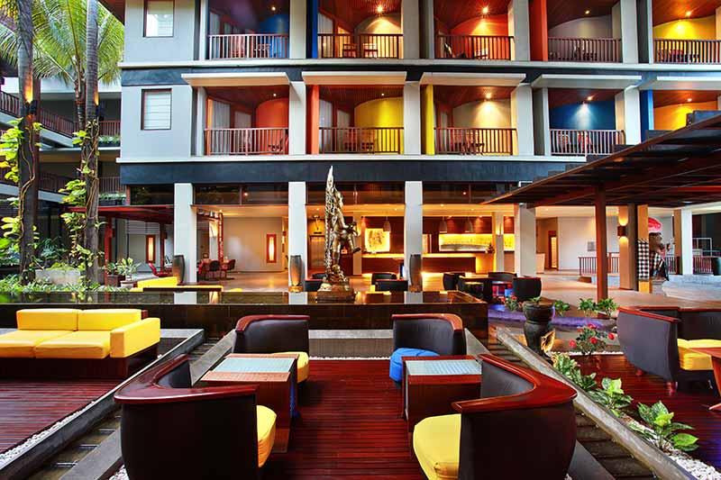lobby sofa, mercure kuta lobby, mercure kuta, mercure kuta hotel