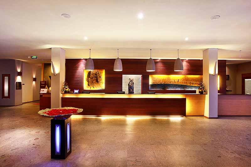 mercure kuta lobby, mercure lobby, kuta hotel lobby, mercure kuta, mercure kuta hotel