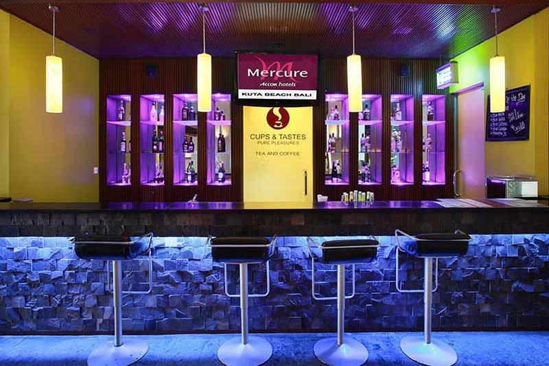lotus bar, lotus bar mercure kuta, bar mercure kuta, mercure kuta, mercure kuta hotel